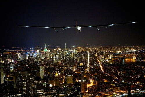 Solar-Impulse-survolant-Manhattan-11-juin_0_730_486.jpg
